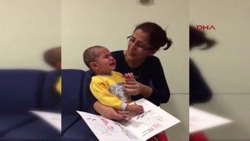 İlk kez duyduğu babasının sesine ağlayarak tepki verdi
