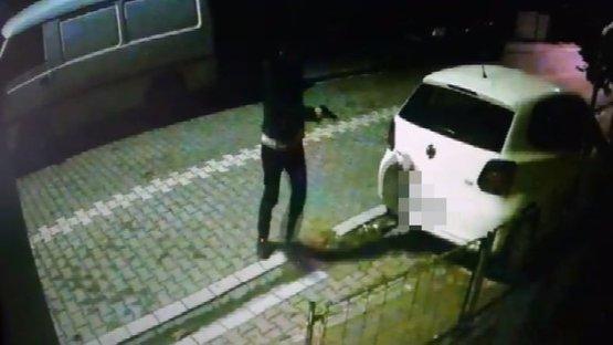 Otomobiline defalarca ateş etti