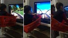 Çocuğuna sepetin içinde hızlı tren deneyimi yaşatan baba