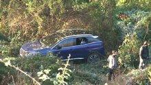 Beykoz'da otomobil uçuruma yuvarlandı!