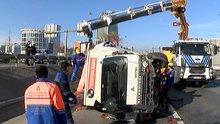 Bahçelievler Basın Ekspres yolunda zincirleme trafik kazası: 2 yaralı