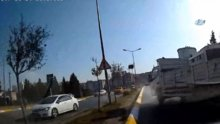 Facianın eşiğinden dönülen kaza kamerada