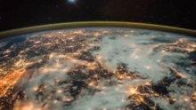 Nasa'nın objektifinden ışıklar altında Avrupa