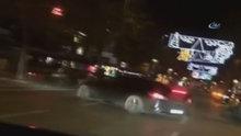 Trafik magandası Bağdat Caddesi'nde kaldırıma çıktı faciadan dönüldü