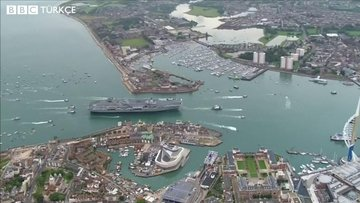 İngiltere'nin en güçlü savaş gemisi su sızdırıyor