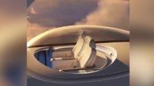 Uçağın üzerinde cam tavanlı bölme