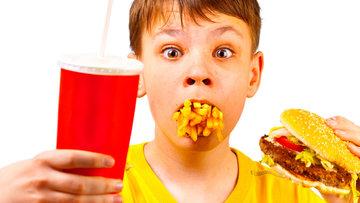Çocukları bu gıdalardan uzak tutun