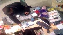 Ümraniye'de film sahnelerini aratmayan hırsızlık kamerada