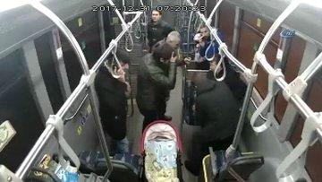 Bebeği hayata döndüren otobüs şoförü kamerada