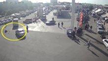 Diyarbakır'da MOBESE kameralarına yansıyan trafik kazaları