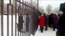 Rusya'daki okulda bıçaklı kavga: 13 yaralı!
