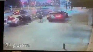Yol kenarındaki aracı çalmaya çalışan hırsızların karşılaştığı sürpriz