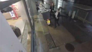 Pizza motorunu soyan kadınlar güvenlik kamerasında