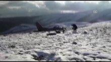 Isparta'da düşen uçağın enkazı görüntülendi