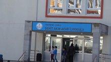 Şehit oğlunun adını taşıyan okulda karne dağıttı