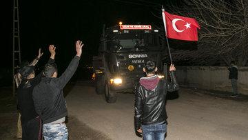 Vatandaşlardan Zeytin Dalı Harekatı'na katılan askerlere sevgi seli