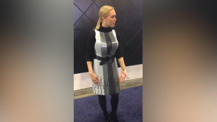 Tasarımı kendiliğinden değişen fütüristik elbise