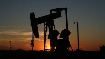 ABD'deki petrol stoğu artışı ne anlama geliyor?