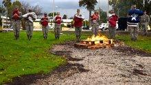 İncirlik'te emekli edilen ABD bayrağı askerler tarafından yakıldı