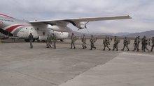 Komandolar dualarla Afrin'e uğurlandı