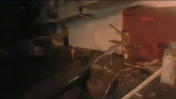 İstanbul'da bir binanın giriş merdiveni çöktü! Bina sakinleri tahliye ediliyor