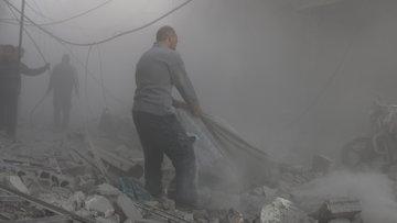 Rusya ve Suriye uçakları Doğu Guta'yı bombaladı: 50 ölü