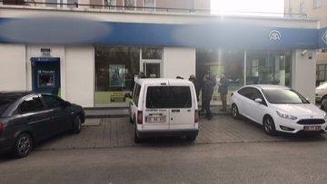 Banka şubesinde silahlı soygun