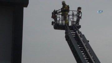Büyükçekmece'de öğrenciler dersteyken okulda yangın çıktı