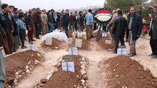 Katliam gibi kazada aynı aileden ölen 9 kişi defnedildi