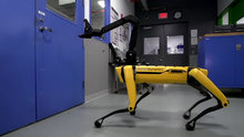 Boston Dynamics'in son akıllı robotu