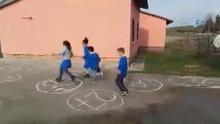 Matematik dersini çocuklara böyle sevdiriyor