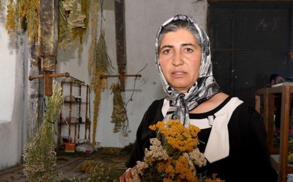 Sosyal medya Zümran Ömür'ü konuşuyor: Alkışlar Zümran Teyze'ye
