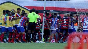 Brezilya'da olay maç: Futbolcular birbirine girdi, 9 kırmızı kart çıktı