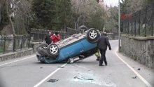 Üniversite öğrencisi genç kız otomobiliyle elektrik direğine çarpıp takla attı