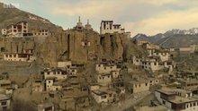 Himalayalarda elektrikle tanışan köy