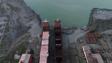 Havadan görüntülenen ve 11 yıldır kızakta bekleyen 2 gemi icradan satışa çıkarıldı