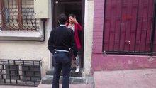 Beyoğlu'nda kadına bıçaklı saldırı