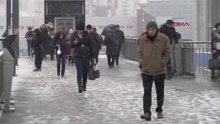 Beylikdüzü'nde kar yağışı başladı