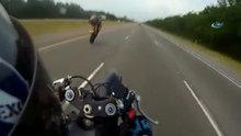 Çin'de otoyoldaki motosikletli şov kötü bitti