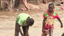 Kobalt madeni çıkaran çocuk işçiler