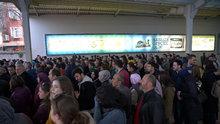 İstanbul'da tüm vapur seferleri iptal, Marmaray'da yoğunluk yaşanıyor