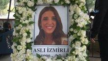 Uçak kazasında hayatını kaybeden Aslı İzmirli ve Ayşe And için Zincirlikuyu Camii'nde tören düzenleniyor