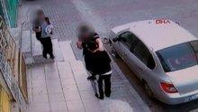 Bahçelievler'de okul önünde öğrencilerin bıçaklı kavgası