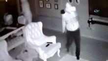 Çelik yelekli hırsız kamerada