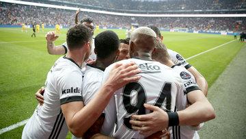 Beşiktaş - Göztepe maçının fotoğrafları