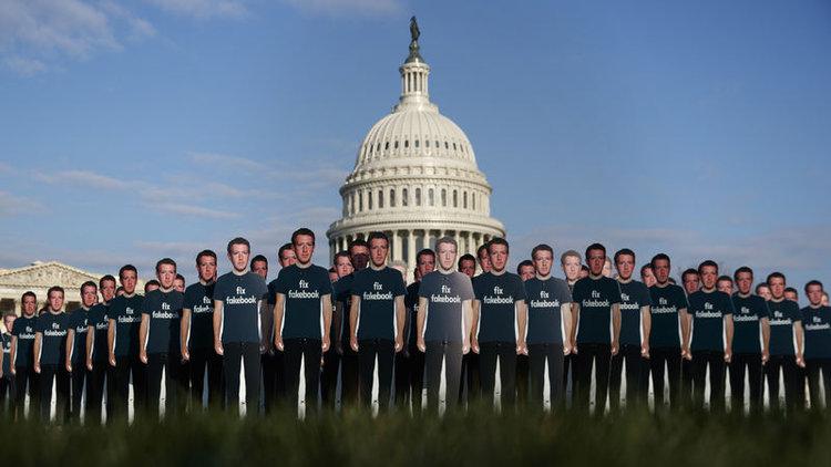 Veri skandalı Zuckerberg'in başkanlık hayalini baltalar mı?