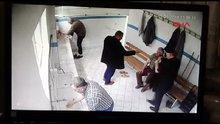 Pişman olan hırsız abdesthanede çaldığı parayı iade etti