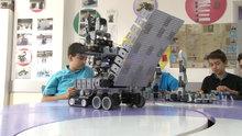 Genç mucitler 2 yılda 40 robot yaptı