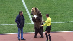 Rusya'da maçı ayı başlattı