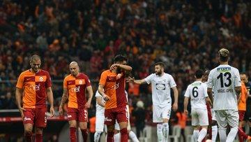 Galatasaray - Akhisarspor maçının kareleri (2)